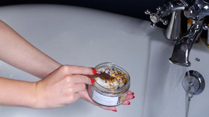Tambahkan Garam Ke Dalam Bak Mandi Dan Kamu Dan Kagum Dengan Hasilnya Halaman All Tribun Sumsel