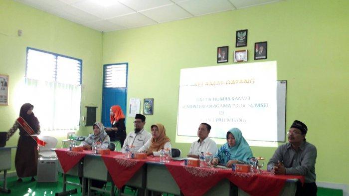 Tim Kemenag Sumsel Ajarkan Guru di Madrasah Cara Membangun Website Mandiri