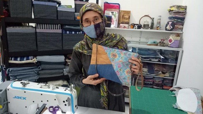 Dulang Rupiah, Kreasi Tas Seni Patchwork Asal Amerika Karya IRT Palembang