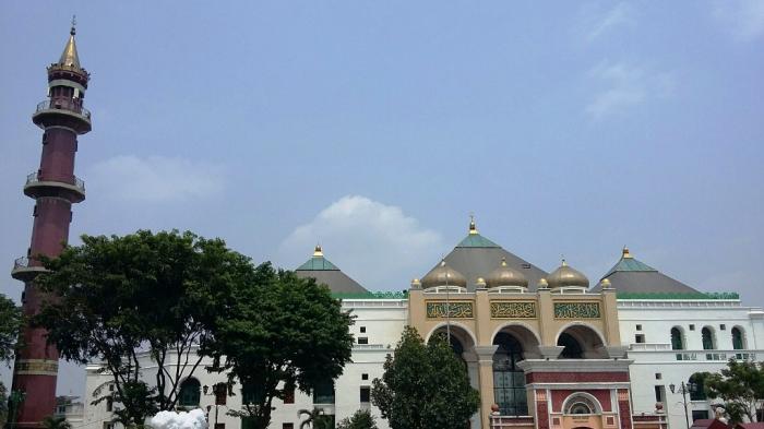 Buka Puasa Gratis di Masjid Agung Palembang, Ada 500 Paket Takjil Setiap Hari Selama Ramadan