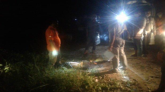 Mayat pria ditemukan tewas bersimbah darah di sebuah perkebunan di wilayah Desa Seri Kembang III, Kecamatan Payaraman, Kabupaten Ogan Ilir, pada Jumat (9/4/2021) malam sekira pukul 18.30.