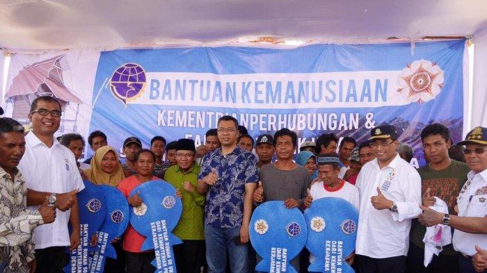 Menhub Serahkan Kunci Rumah Transisi Untuk Korban Gempa Lombok