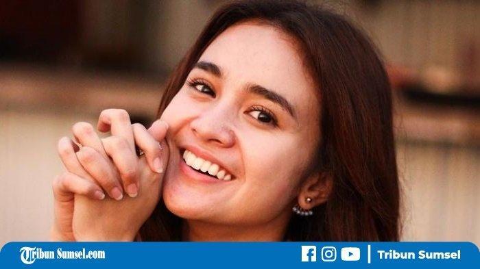 Pasrah Tetap Syuting di Momen Lebaran Idul Adha, Michelle Ziudtih Sedih Ungkap Keinginan Kecilnya