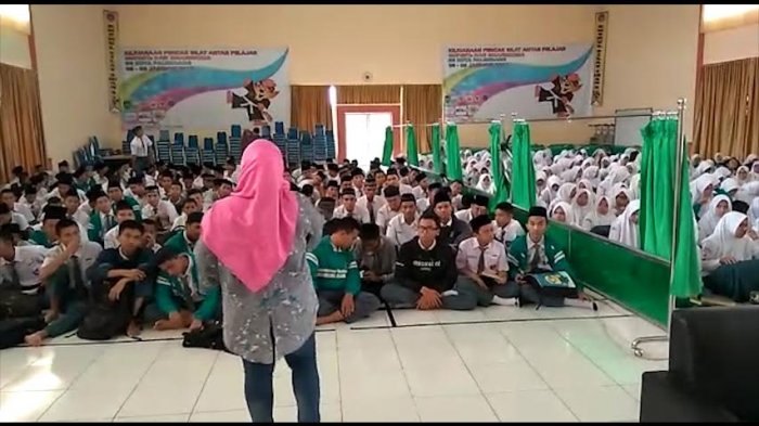 Biaya Minum Guru SMA Negeri 5 Palembang Rp 12 Juta