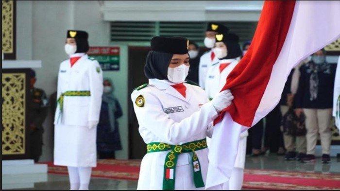 Daftar Kejadian Tak Terduga Dialami Paskibraka, Rok Melorot Hingga Pingsan Sebelum Kibarkan Bendera