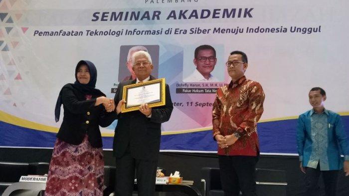 Universitas Terbuka (UT) Palembang Gelar Seminar Pemanfaatan Teknologi Informasi di Era Siber