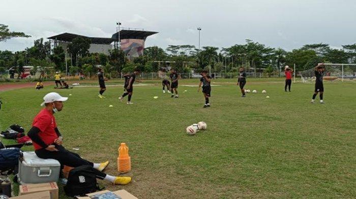 Nil Maizar Sebut Sudah Miliki Komposisi Terbaik Untuk Sriwijaya FC, Namun Bingung di Lini Belakang