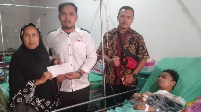 Cerita Detik-detik Driver Taksi Online Palembang Dikeroyok, Rebut Pisau Balas Menusuk Begal