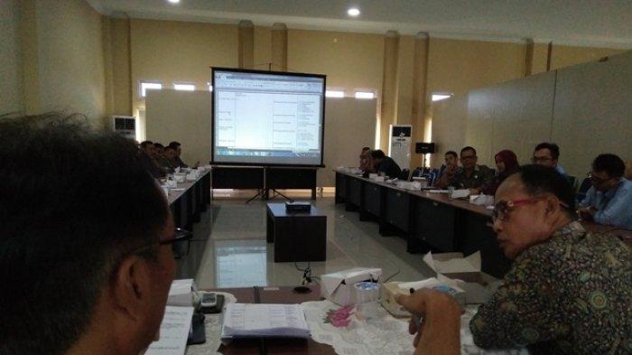 Rapat Evaluasi Satgas Perbaikan Jalan Rusak, Perusahaan Nakal akan Dicabut Izin