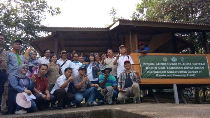 Tim Restorasi Asal Papua Study Banding ke OKI