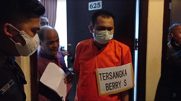 Akhirnya Terungkap Motif dan Kronologi Pembunuhan Perempuan Muda yang Ditemukan di Kamar Hotel