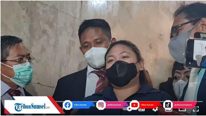Olivia Nathania Putri Nia Daniati Masuk Angin Setelah Dicecar 41 Pertanyaan Selama 9 Jam