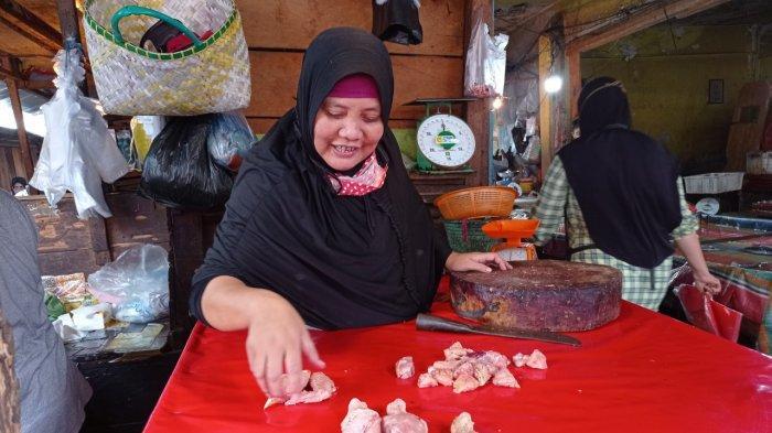Harga Ayam Potong di Lubuklinggau Anjlok Sejak PPKM Mikro Pengetatan