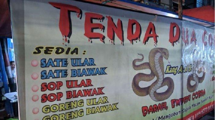 Saat Banyak Orang Takut, Pedagang Ini Raup Untung Sediakan Sate Ular Kobra