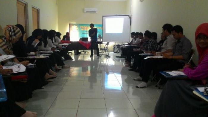 LPM Ukhuwah Gelar Pelatihan Jurnalistik