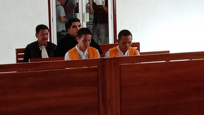 Foto Wajah Terbaru 2 Pembunuh Pendeta Melinda Zidemi, Pasang Wajah Kalem dan Tak Gondrong Lagi
