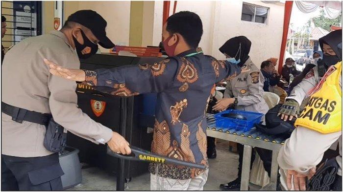 Peserta Rapat Pleno KPU Musirawas Diawasi Ketat, Lewati X-Ray dan Diperiksa Metal Detector