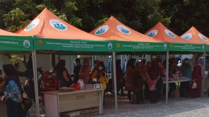 Pemerintah Kabupaten Ogan Komering Ilir Menggelar Pasar Murah Bagi Warga Kayuagung.