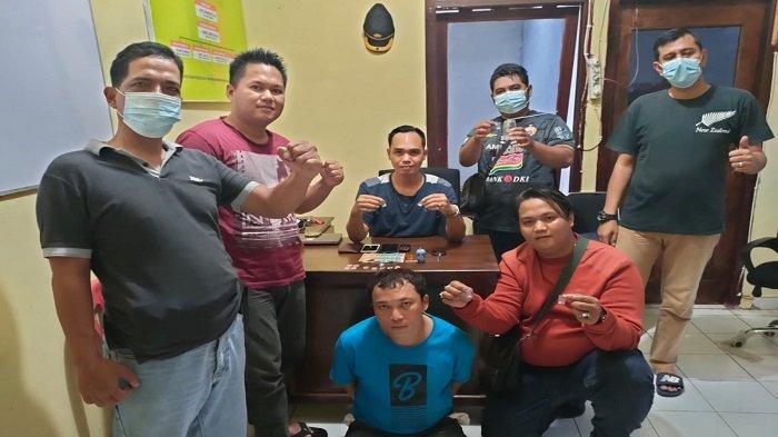 Dipergoki Kapolsek Jejawi OKI sedang Nyabu di Kontrakan, Warga Palembang Dibekuk