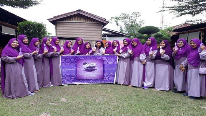 Komunitas Pencinta Serba Ungu Palembang Ingin Hilangkan Anggapan Warna Ungu Adalah Warna Janda Tribun Sumsel