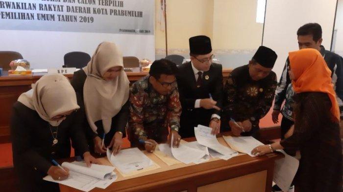 KPU Prabumulih Tetapkan 25 Caleg Terpilih DPRD Periode 2019-2024, Ini Namanya