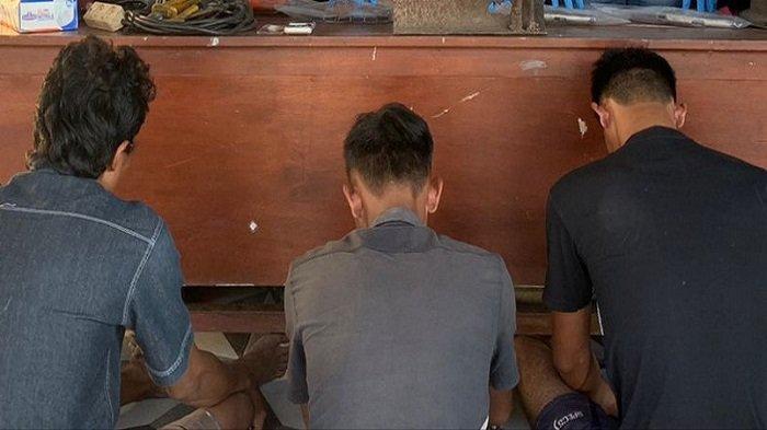 Gerebek Tempat Pembuatan Senpira di OKU Timur, Polisi Pergoki 3 Orang Asik Nyabu