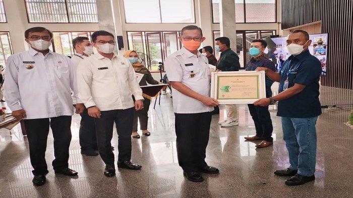 PT Bukit Asam Tbk Pelabuhan Tarahan Raih Penghargaan