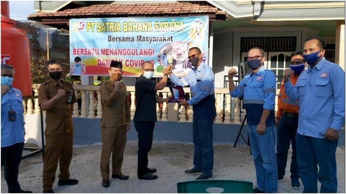 PT SBS Apresiasi Warga RT 07 Desa Keban Agung yang Beri Dukungan Warga Terpapar Covid 19