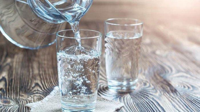 Menurunkan Berat Badan dengan Cara Minum Air Putih tak Perlu Kurangi Porsi Makan