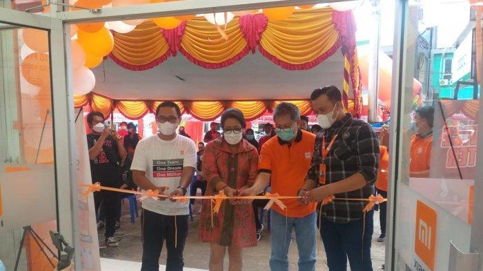 Peresmian Authorized Mi Shop Vitta Cell Timika, Jumat (30/4/2021) .