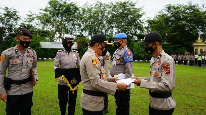 Personil Polres OKU Bertabur Penghargaan Dari Institusi Polri