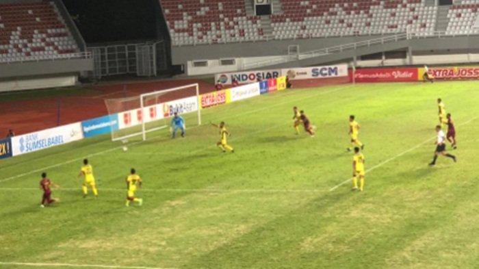Hasil Sriwijaya FC vs Semen Padang di Liga 2 Indonesia : Serdhy Bawa Semen Padang Unggul