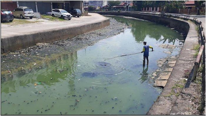 Dasar Sungai Bendung Bisa Dipijak, Kedalaman Air Cuma 1 Meter, Alami Pendangkalan di Musim Kemarau