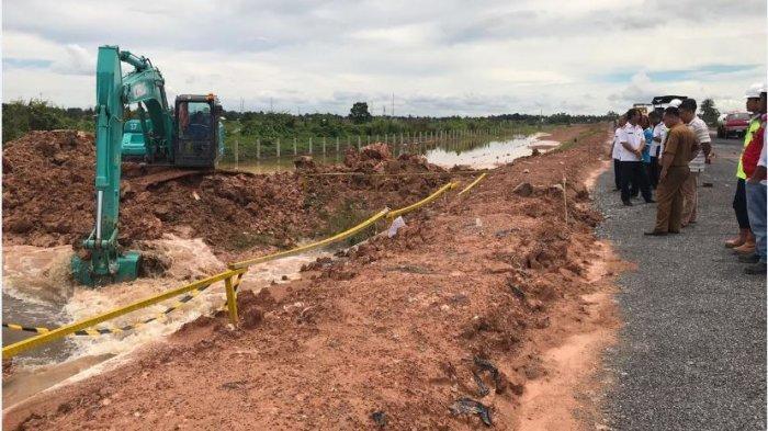 OKI Siaga Banjir, Pintu Air Tol Kapal Betung Dibuka
