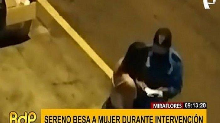 Seorang Polisi Bernasib Sial Usai Dicium Wanita Sebagai Pembayaran Denda Usai Melanggar, Video Viral