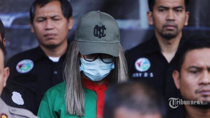 Depresi, Lucinta Luna Sering Ingin Akhiri Hidup: Loncat dari Apartemen hingga Tusuk Perut Sendiri