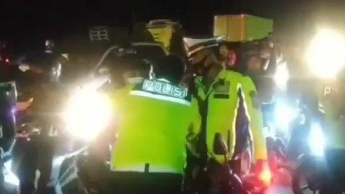 Aksi Polisi Peluk Pemudik yang Emosi, Ngaku Rindu dengan Anak : Dia Gemetar, Saya Tahu Rasanya