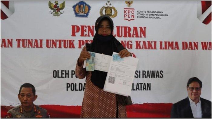 367 Pemilik Warung dan PKL di Musirawas Terima Bantuan Terdampak Covid-19