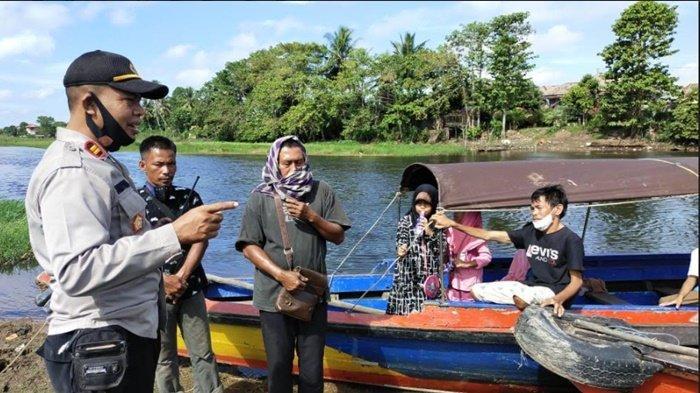 Polres Ogan Ilir Sosialisasikan Prokes di Tempat Wisata Air di Indralaya