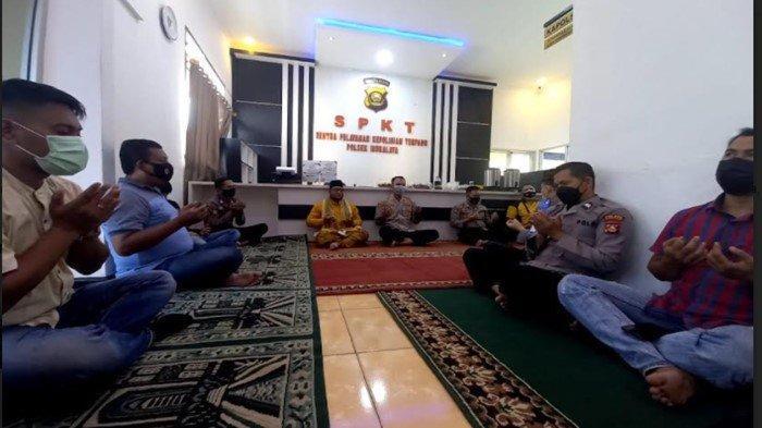 Polsek Indralaya Gelar Doa Bersama, Ikhtiar Minta Kesehatan dan Terhindar dari Virus Corona