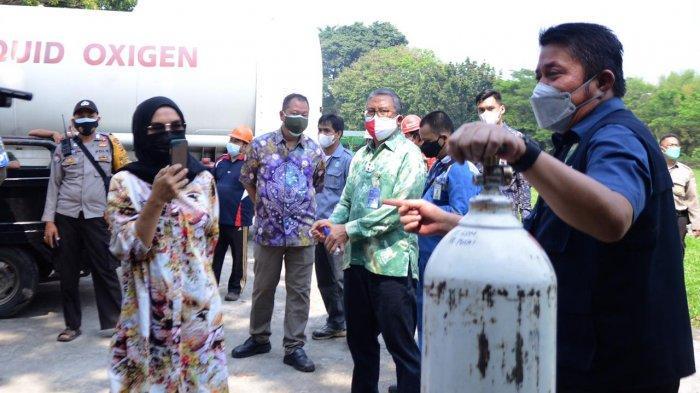 Bersama Pemprov Sumsel, Pusri Dirikan Posko Pengisian Tabung Oksigen Kesehatan Gratis
