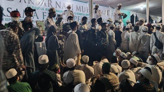Potret suasana Maulid Nabi dan pernikahan anak Habib Rizieq