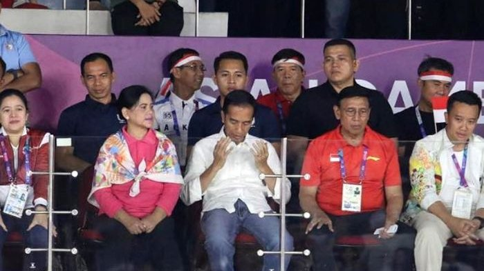 Jokowi Sudah Meninggalkan Istora Saat Final Bulu Tangkis Putra Belum Selesai
