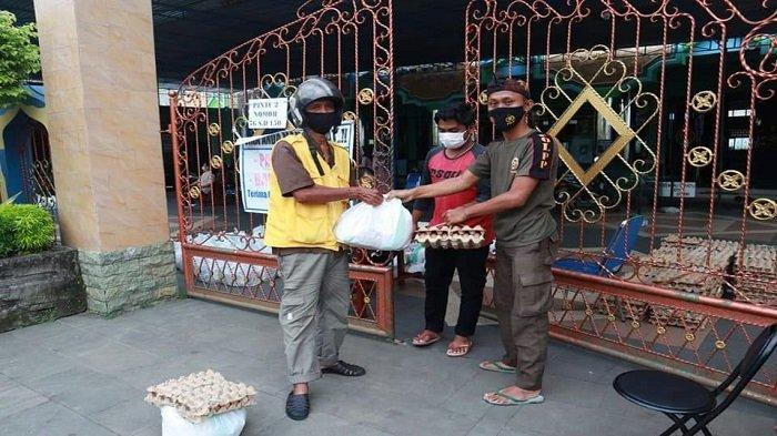 Program Marase, 150 Paket Sembako Dibagikan Masjid Agung Al-Baari