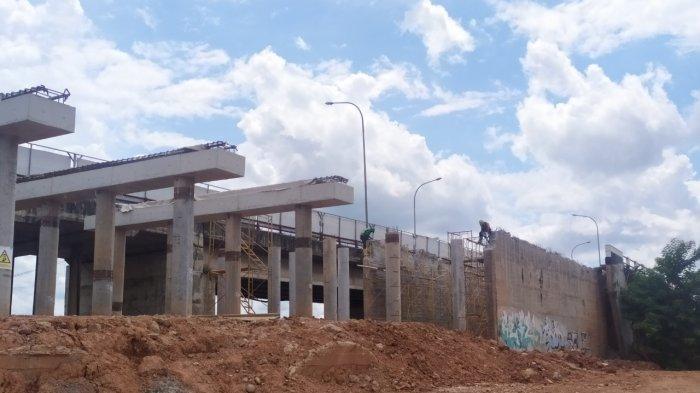 Sulit Dapat Pemasukan Semenjak Perbaikan Jembatan Keramasan dan Jalan Mayjend Yusuf Singedekane