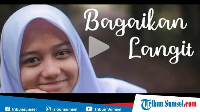Kunci Chord Gitar Bagaikan Langit Potret Cover Karin Putih Abu Abu Lengkap Dengan Video Klip Tribun Sumsel