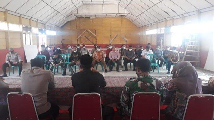 Kapolsek Pemulutan Polres Ogan Ilir Gelar Rapat Koordinasi Pembangunan Posko PPKM