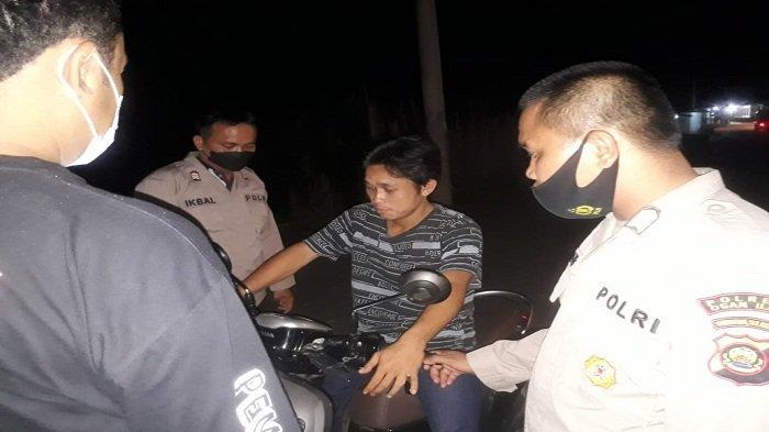 Polsek Pemulutan Gelar KRYDAntisipasi Tindak Kejahatan Jalanan dan Sosialisasi Prokes