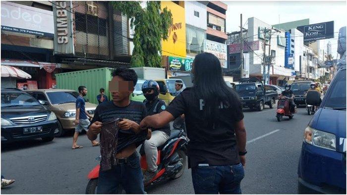Dishub Palembang Bakal Tertibkan Tukang Parkir Depan Minimarket, Pengelola Sudah Bayar Retribusi