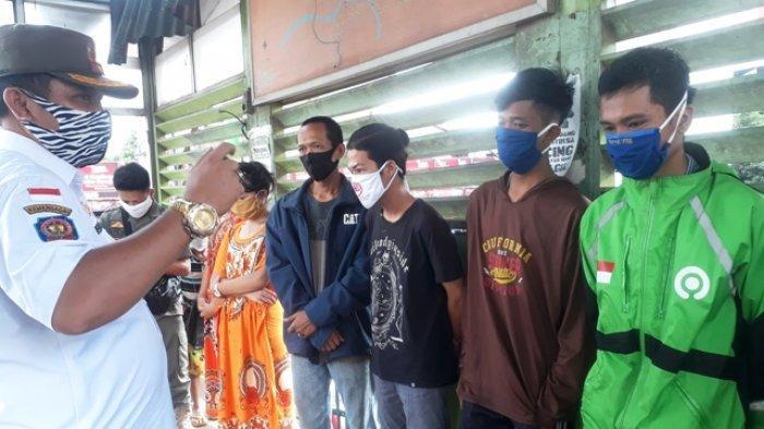 Wawako Palembang Fitrianti Agustinda Razia di Pasar KM 5, Dapati 10 Warga Tak Kenakan Masker